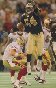 Darrin Smith pressures Jeff Garcia