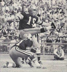 New Orleans Saints Kicker Tom Dempsey