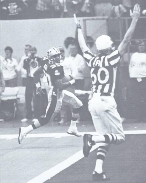 Mel Gray scores against Denver in 1988