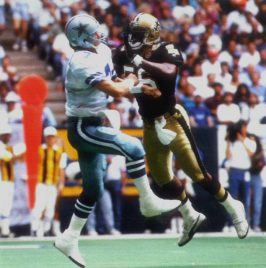 NO Saints Linebacker Pat Swilling Pressures Steve Beuerlein of the Dallas Cowboys