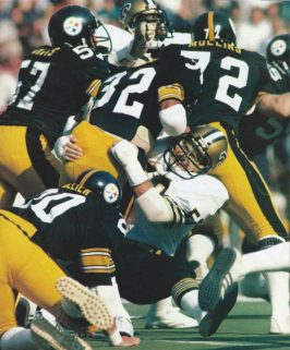 Joe Federspiel tackles Franco Harris