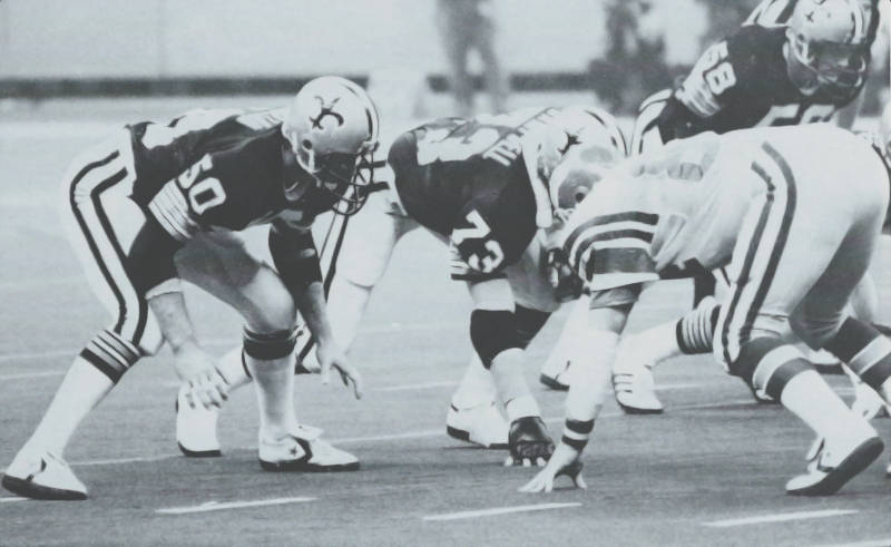 Ken Bordeleon lines up opposite Keith Krepfle during the Saints - Eagles of 1979