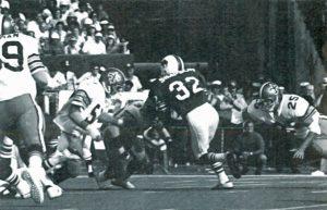 The 1973 New Orleans Saints Defense Surrounds OJ Simpson