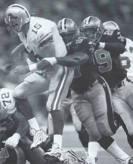 La Roi Glover and Sammy Knight vs Detroit