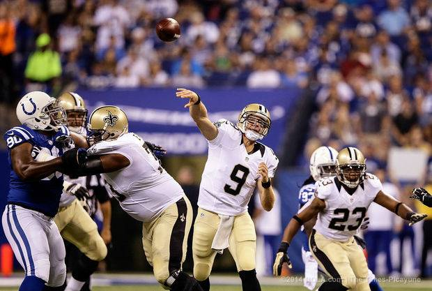 Drew Brees throws against the Colts in 2014 preseason