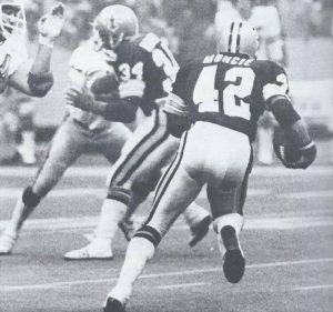 Chuck Muncie Runs behind Tony Galbreath 1979 NO Saints