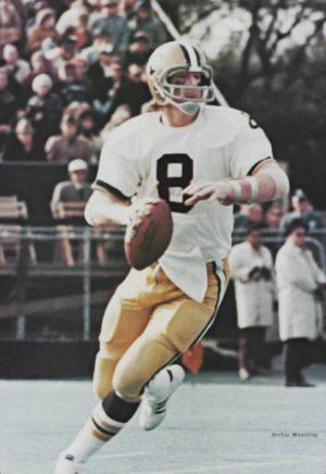archie-manning-new-orleans-saints-quarterback-1971-1982